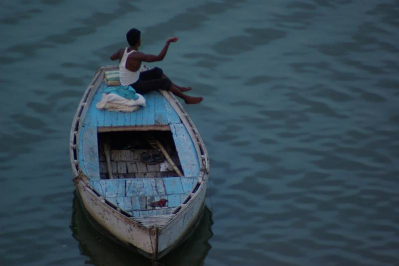 Boat on the Ganges.