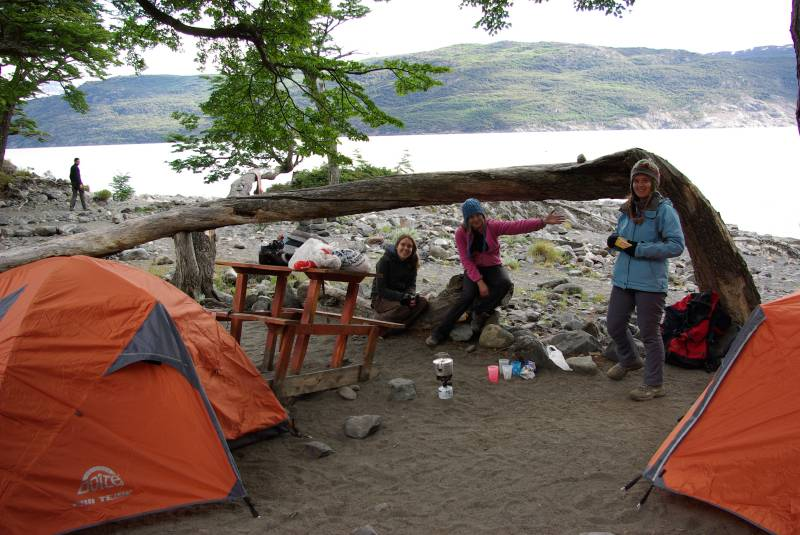 Edel, Teresa and Anne at the Lago Grey campsite.